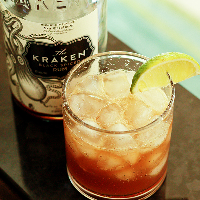 rum-with-ginger-&-citrus
