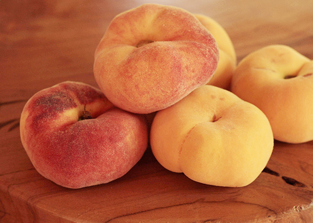 donut-peaches