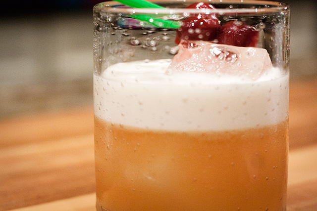 amaretto-bourbon-sour1