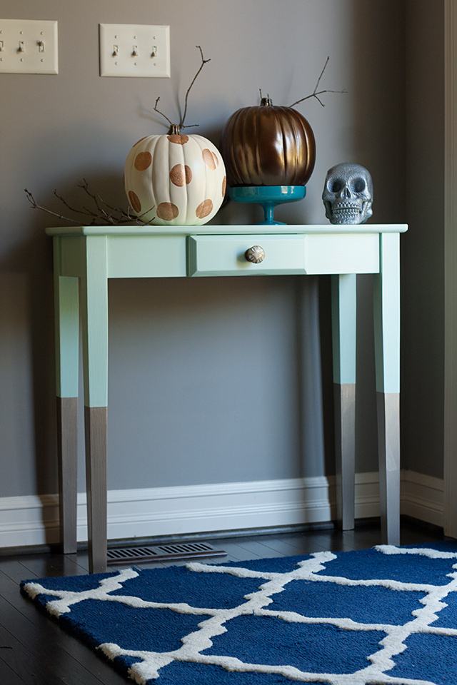 mint-and-gold-entry-way-table