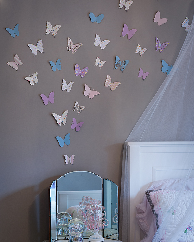paper-butterfly-wall
