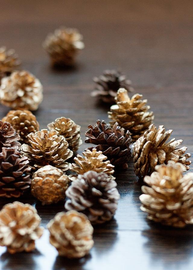 metallic-pine-cones