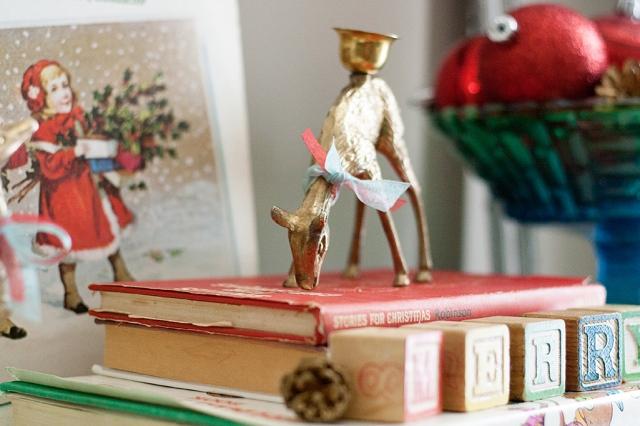 vintage-christmas-deer